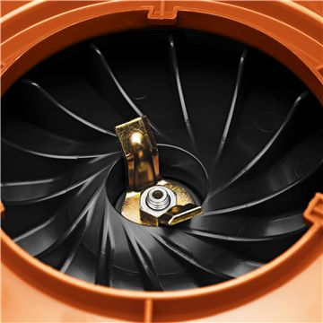 HUSKY 125BVX BLOWER 28CC VAC KIT INCLUDED