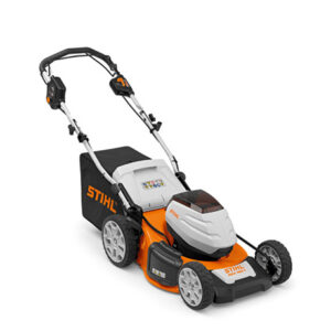STIHL RMA460V SET Self propelled battery lawnmower for working on larger areas 2 X AK20 + AL101
